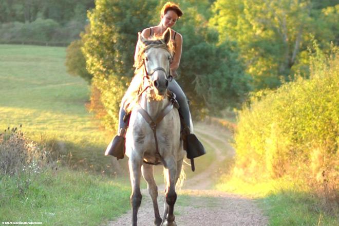 Balade à cheval en Saône-et-Loire © DSL/B-Wonder/Romain Rozot