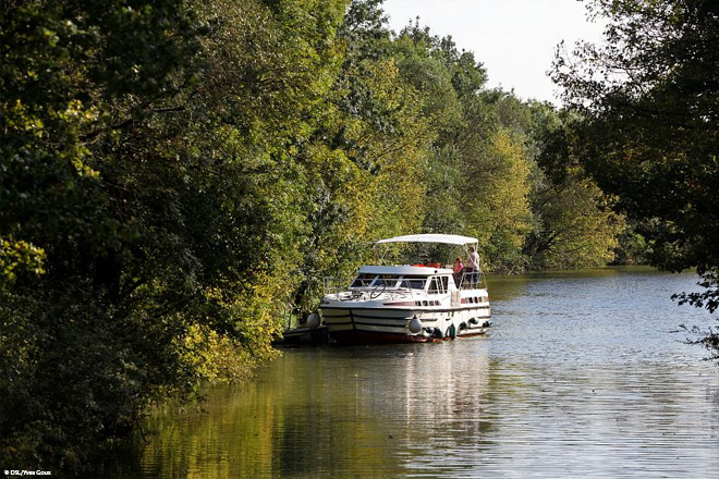 Navigation sur la Seille - Saône-et-Loire © DSL Yves Goux