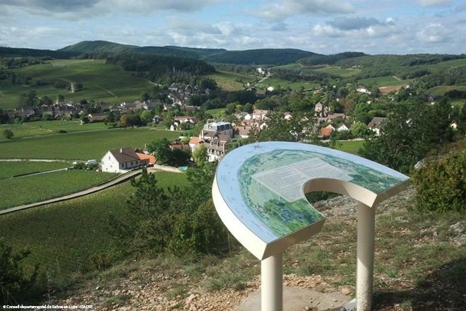 Sentier thématique du Mercurey © Conseil departemental de Saône-et-Loire - DADTE